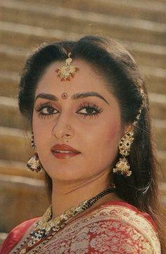 Jaya Prada Bollywood Heroine, Indian Bollywood Actress, Beautiful Bollywood Actress, Most Beautiful Indian Actress, Indian Film Actress, Old Actress, Beautiful Actresses, Indian Actresses, Bollywood Pictures