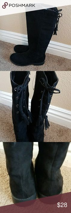 Justice Black Faux Suede Boots Girls Size 4 NWOT NWOT Never Worn! Adorable! Black Faux Suede Boots Girls Size 4. Zipper on inside of Boot. Cute Lace Up Detail in Back. Perfect Condition Justice Shoes Boots