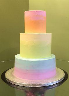 Rainbow Ombre Wedding Cake Colorful Birthday Cake, 4th Birthday Cakes, Birthday Board, Blue Beach Wedding, Rainbow Wedding, Rainbow Food, Rainbow Cakes, Pastel Cakes, Fantasy Cake