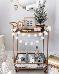 "Outstanding ""bar cart decor inspiration"" detail is offered on our website. Check it out and you wont be sorry you did. Bar Cart Styling, Bar Cart Decor, All Things Christmas, Christmas Home, Xmas, Merry Christmas, Christmas Cooking, Latte, Bar Furniture"