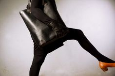 Pickpocket Bags - Allium Model - Leather Tote by Pickpocket - Genuine Leather - Black Leather