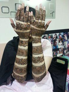 Artistic Mehndi Arts, Bridal Mehndi Artist in Mumbai