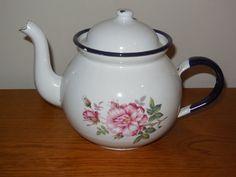 VINTAGE FRENCH ENAMELWARE TEA POT (made in POLAND) PINK ROSES design