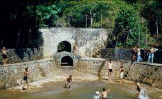 Antigua Piscina en Monte del Estado en Maricao, Puerto Rico.