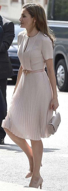 Queen Letizia. Dress Hugo Boss