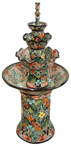 Talavera Garden Fountain - Mexican Connexion for Talavera Pottery. Talavera with our wedding colors? Mexican Home Decor, Mexican Folk Art, Mexican Style, Mexican Hacienda, Hacienda Style, Talavera Pottery, Ceramic Pottery, Monuments, Mexican Garden