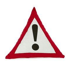 Circuit Coussin triangulaire 40cm panneau signalisation pour enfant Decoration, Circuit, Character, Garage, Art, Couture, Curtains, Cushions, Linens
