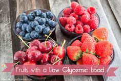 Glycemic Index. Eating a healthy, adrenal-supportive diet means avoiding high sugar foods where possible. Some fruits contain high levels of sugar, but not all of them. Healthy Sugar, Healthy Fruits, Healthy Snacks, Healthy Eating, Healthy Juices, Clean Eating, Low Glycemic Diet, Cholesterol Diet, Low Carb Recipes