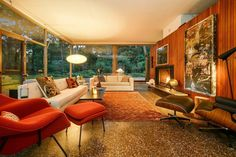 Absolutely Stunning Glass House by H. Davis Rockwell in Olympia Fields! Mid Century Modern Living Room, Mid Century Decor, Mid Century House, Mid Century Modern Design, Mid-century Interior, Interior Design, Mid-century Modern, Danish Modern, Decoration
