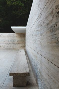 Barcelona Pavilion, Barcelona, Spain - Ludwig Mies van der Rohe (1929)