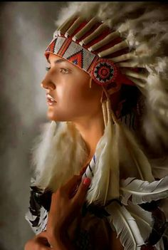 Native American Models, Native American Pictures, Native American Beauty, Indian Pictures, American Indian Art, Native American Photography, Indian Photography, Indian Tribes, Native Indian