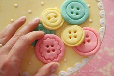 denna's ideas: how to make button cookies for a Lalaloopsy party, with link to recipe and how to photos