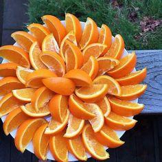 Fruit photography summer food styling 19 ideas for 2019 Fruit Plate, Fruit Art, Fun Fruit, Fruit Ideas, Fruit Tables, Fruits Decoration, Table Decorations, Deco Fruit, Creative Food Art