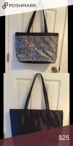 Animal print sequins bag In very good condition.  Perfect for many occasions. Bags Totes