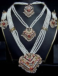 Indian Necklace Designs - http://www.inspirationsofcardiff.com/indian-necklace-designs/