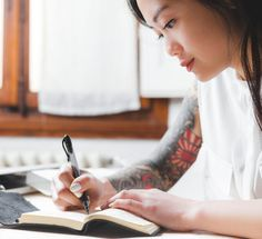 A Simple Ritual To Discover Your Life Purpose - mindbodygreen Masters In Clinical Psychology, Planner Free, Planner Ideas, Mindfulness Techniques, Making A Budget, Spiritus, Fitness Journal, Writing Styles, Health Goals