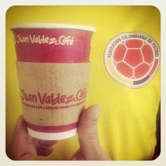 Colombian coffee! Viva Colombia!!!! Colombian Coffee, Dunkin Donuts Coffee, Coffee Cups, Drinks, Tableware, Food, Products, Drinking, Coffee Mugs