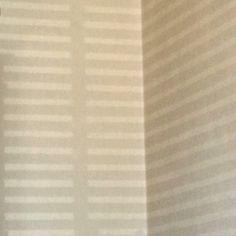 Licht door de luxaflex op de muur.  #synchroonkijken #licht #Dag1