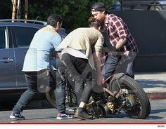 david beckham fell off is bike on Sunset Strip!
