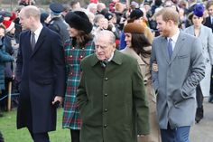 Kate Middleton Photos - (L-R) Prince William, Duke of Cambridge, Prince Philip, Duke of Edinburgh, Catherine, Duchess of Cambridge, Meghan Markle and Prince Harry attend Christmas Day Church service at Church of St Mary Magdalene on December 25, 2017 in King's Lynn, England. - Members Of The Royal Family Attend St Mary Magdalene Church In Sandringham
