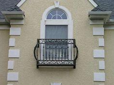 wrought iron balcony Balcon Juliette, Juliette Balcony, Iron Balcony, Balcony Window, Outdoor Balcony, French Balcony, Bungalow, Balcony Railing Design, Wrought Iron Decor