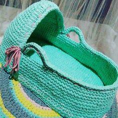 Moisés prontinho!! #RachelCorujinha #feitoamao #handmade #crochê #crochet  #fiodemalha #fioecologico #fioreciclado #trapilho #trapillo #euquefiz #ideias #totora #crochetlove  #crochetaddict #alfombra #crochetart  #crochetlife #lovecrochet #ganchillo #ganchilloxxl #tejer  #trapilloadiction #ganchillocreativo