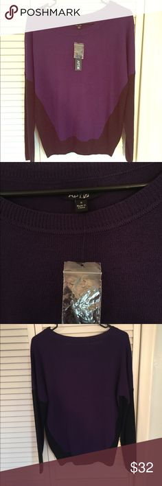 🆕NWOT Apt 9 Purple & Black Color-block Sweater S 🆕NWOT Apt 9 Purple & Black Color-block Sweater Size Small but can easily fit a Medium. Very nice brand new sweater w/ original tags and extra purple thread. Very cute, perfect for winter. Apt. 9 Sweaters Crew & Scoop Necks