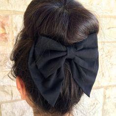 Artículos similares a Black Unique double BIG hair bow en Etsy Big Hair Bows, Diy Accessoires, Diy Hair Accessories, Hair Jewelry, Diy Hairstyles, Hair Band, Hair Inspiration, Hair Clips, Headbands