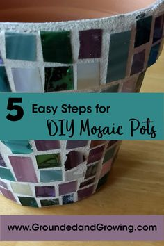 Think you're not crafty enough to make a mosaic pot? Think again! These pots are easy for even a non-crafter to make. Short on time? This is a great project to do in stages. Mosaic Planters, Mosaic Flower Pots, Plastic Flower Pots, Mosaic Tiles, Glass Tiles, Rock Planters, Mosaic Crafts, Mosaic Projects, Art Projects