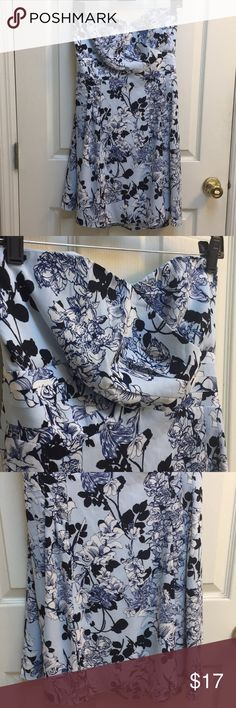 Strapless Floral Dress Strapless blue floral design dress from Express Express Dresses