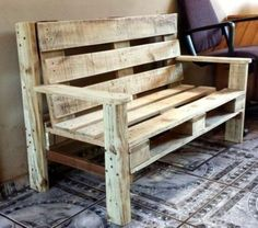 Pallet Furniture Projects Bench Made of Pallets - 50 DIY Pallet Ideas That Can Improve Your Home Wooden Pallet Projects, Wooden Pallet Furniture, Wooden Pallets, Wooden Diy, Pallet Ideas, Pallet Sofa, Diy Wood, Wooden Garden, 1001 Pallets