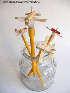 aerei con mollette e bastoncini gelato