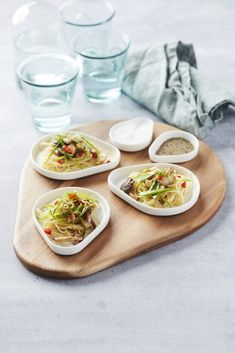 Point-Virgule Schaal Moments x 6 cm Kopen Tray, In This Moment, Ethnic Recipes, Food, Essen, Trays, Meals, Yemek, Eten