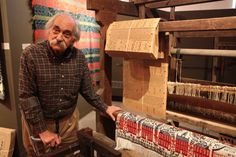 Another Jacquard pic, for comparison: Laszlo Zongor explains the system of Jacquard Loom and the punched holed cards, each card a single line of weaving. At The National Museum of the American Coverlet, Bedford, PA.