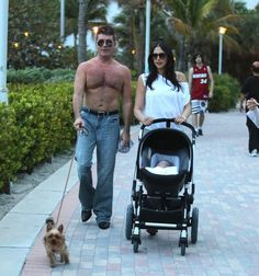 Simon Cowell shirtless in Miami with Lauren Silverman and baby Eric Britain's Got Talent Judges, Britain Got Talent, Silver Foxes, Simon Cowell, All The Pretty Horses, Hairy Chest, Simon Says, Celebrity Photos, Yorkie
