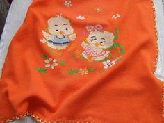 copertina culla maglia cotone ricamata a mano, by maglieria magica, 85,90€ su misshobby.com