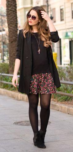 Saia florida com look todo preto