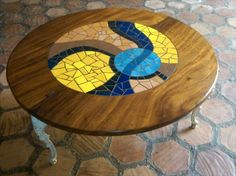 Sudy Cisneros Todos sus diseños son hechos a mano, exclusivos y únicos, cada obra sea personalizada al gusto del cliente. Sus mosaicos son muy variados