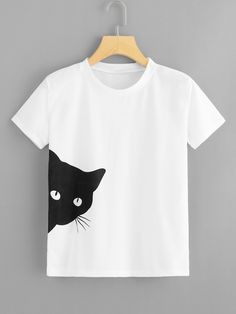 SheIn offers Cat Print Tee & more to fit your fashion - French Shirt - Ideas of French Shirt - Shop Cat Print Tee online. SheIn offers Cat Print Tee & more to fit your fashionable needs. Shirt Print Design, Tee Shirt Designs, T Shirt Print, T Shirt Painting, Vetement Fashion, Painted Clothes, Creation Couture, Printed Tees, Cat Shirts
