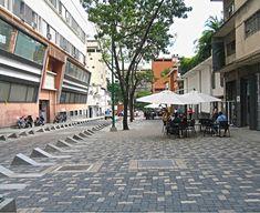 Galería de En Detalle: Pavimento y Drenaje del Bulevar Sabana Grande en Caracas, Venezuela - 11