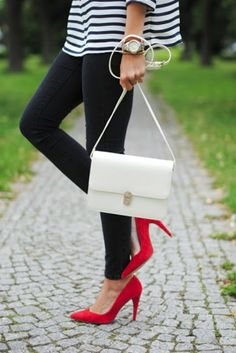 stripes + red heels + skinny jeans #jean #shoes