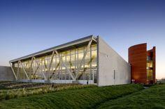 Valley-Hi North Laguna Library / Noll + Tam Architects