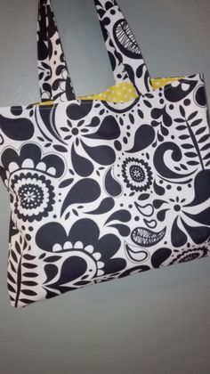 Pikinky bags. Fabric handmade bags perfect to go shopping or carry your things to the beach