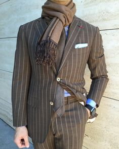 classy mens fashion which look really great:) Gentleman Mode, Gentleman Style, Stylish Mens Fashion, Mens Fashion Suits, Men's Fashion, Dandy, Gents Suits, Casual Wear For Men, Pinstripe Suit