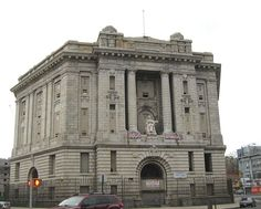 #HistoricLandmark - Bronx Borough Courthouse, known as #OldBronx Borough Courthouse. Built between 1905 and 1914, it is a U.S. National Historic Place, New York City Landmark, and icon of the borough of #TheBronx.  It was listed on National Register of Historic Places (NRHP) in 1982. @Wikipedia #OperaHouseHotel