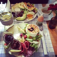 ausgiebiges Frühstück im Café Johanna Hamburg