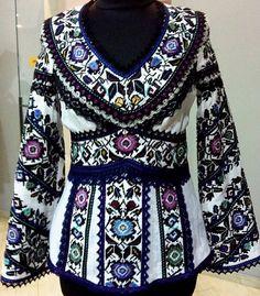 Читайте також також Неймовірні вишиванки від Юлії Магдич Схеми та ідеї чоловічих вишиванок Ідеальна вишита сукня! 40 ІДЕЙ ПИСАНОК ВИШИТИХ БІСЕРОМ Вишиті писанки. І такі … Read More