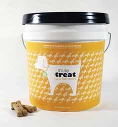 An eco-friendly approach to pet food packaging. The idea is to buy the bucket once, then bring back to stores to refill. Also, keeps food fresh longer.