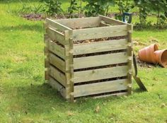 Great veg requires great compsost and this simple slot together composter is a quick and easy to build solution. #GrowYourOwnVeg