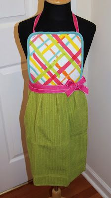 diy little girl aprons - made from a potholder and a dish towel!